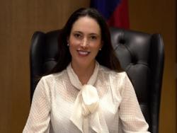 Photo of Lorena Devlyn, Court Interpreter